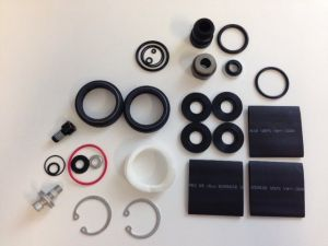 Fork SERVICE KIT - FULL SERVICE SOLO AIR (INCLUDES AIR SEALS, DAMPER SEALS & HARDWARE) (IN